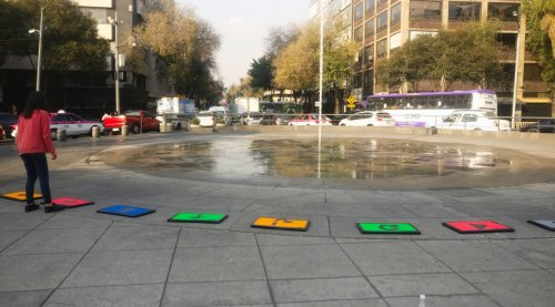 A-pops: an urban playful learning experience